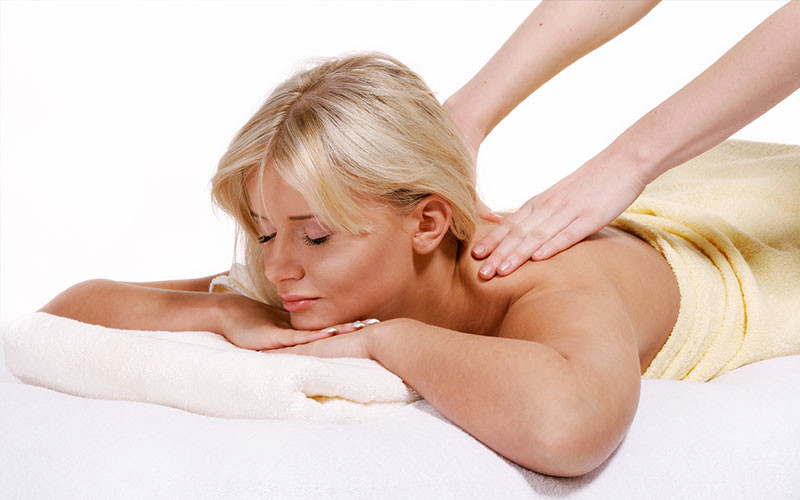 Get Your Spouse a Chiropractic Massage