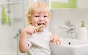 babybrushingteeth
