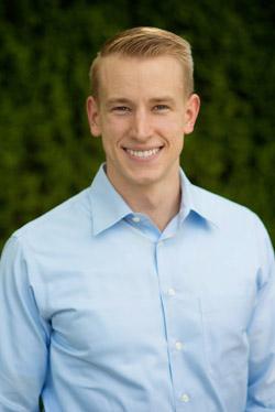 Dr. Jonathan Everett