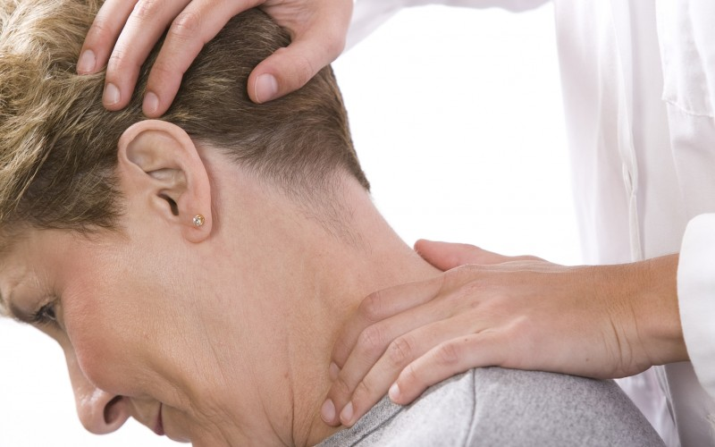 Do I Need a Chiropractor or a Physical Therapist?