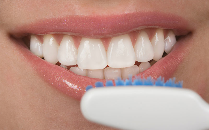 What Gum Disease Is and How You Can Prevent It and Treat It