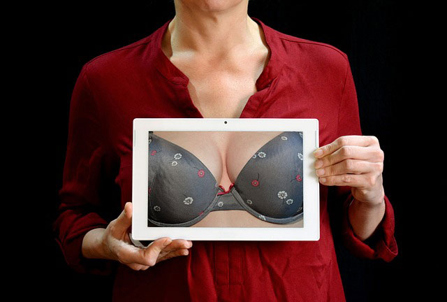 Five Signs You Could Benefit from a Breast Reduction