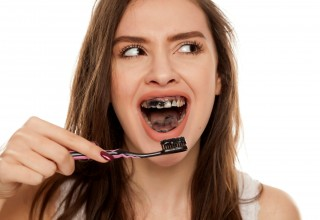 Activated Charcoal Toothpaste For Teeth Whitening – Is it Safe?